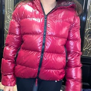 Duvetica red/cherry coat